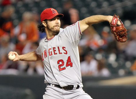 """By Keith Allison on Flickr (Originally posted to Flickr as """"Dan  Haren"""") [CC BY-SA 2.0 (http://creativecommons.org/licenses/by-sa/2.0)], via Wikimedia Commons"""