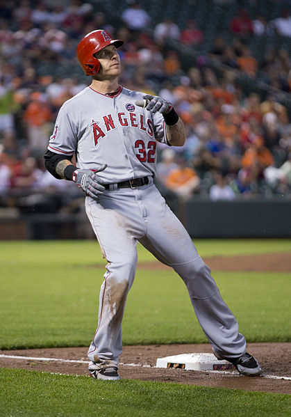 """By Keith Allison on Flickr (Originally posted to Flickr as """"Josh Hamilton"""") [CC BY-SA 2.0 (http://creativecommons.org/licenses/by-sa/2.0)], via Wikimedia Commons"""